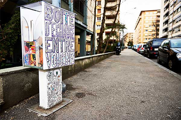 Zero Waste Alternative : the box of exchange between neighbors